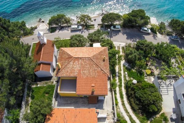 apartments-meri-martinscica2722C7CDED-E808-437B-9466-A54407A0C0CF.jpg