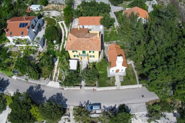 apartments-meri-martinscica297D0FE398-1FCA-4848-ACCC-BA56CB8747A6.jpg
