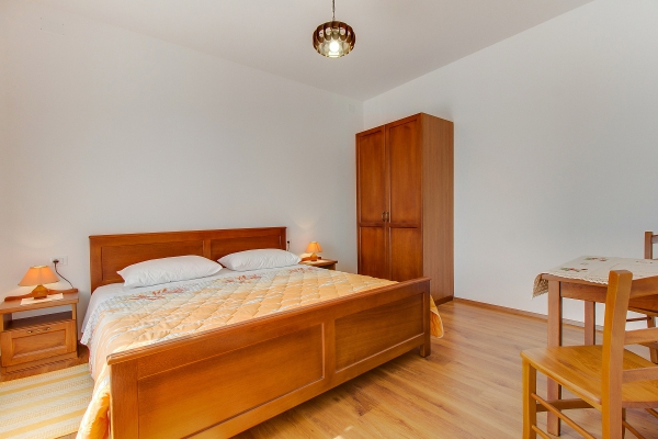 apartments-meri-martinscica51B3954D20-0D54-4FFE-9F70-5CCBF4C286CB.jpg