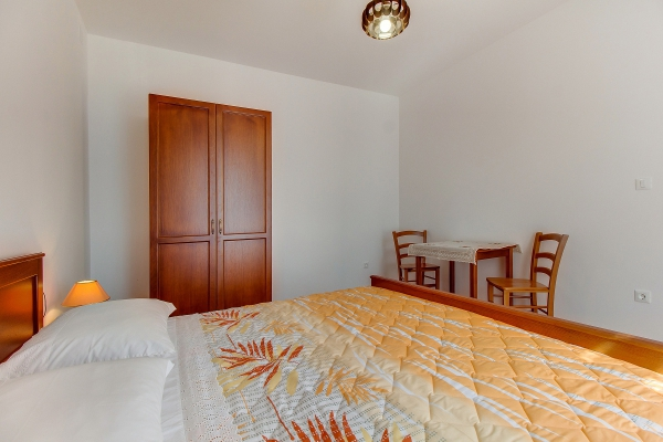 apartments-meri-martinscica539BD28A3A-424B-4E8E-8A6C-DAC6478601E3.jpg