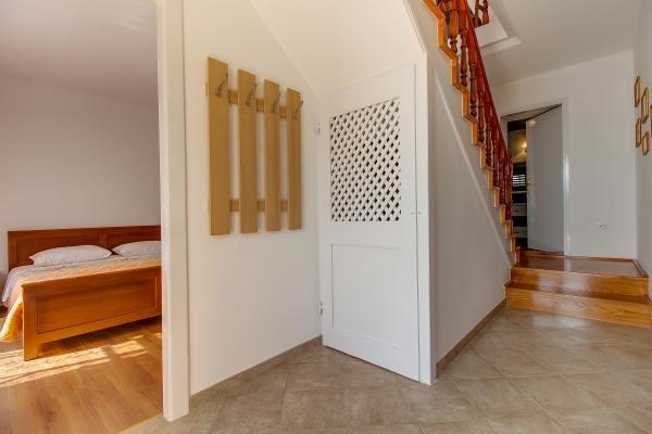 apartments-meri-martinscica546BF90BDA-3B8B-4A57-803A-CD9C660846C3.jpg