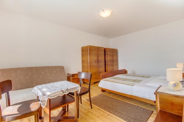 apartments-meri-martinscica6755BA2185-5F96-491C-9083-BB9082351242.jpg