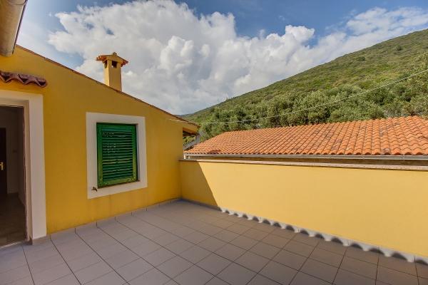 apartments-meri-martinscica80CEF2629F-21E2-47C3-9567-884E72C81735.jpg