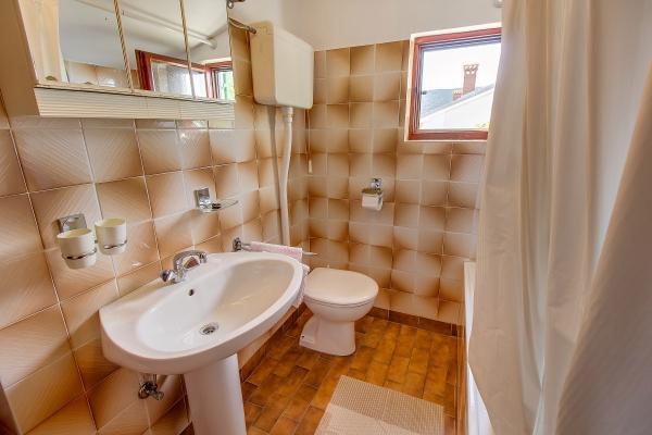 apartments-meri-martinscica8384B74D16-5FA5-48DD-AEA6-FA4B867D343D.jpg