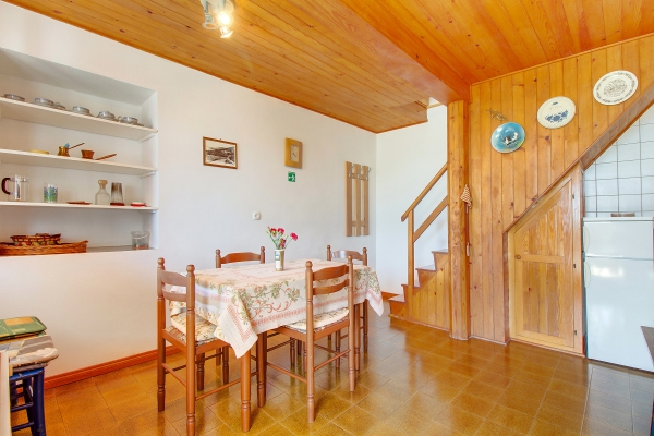 apartments-meri-miholascica02B9E1175D-E35B-4148-9ECC-B64A6E8A6CC6.jpg