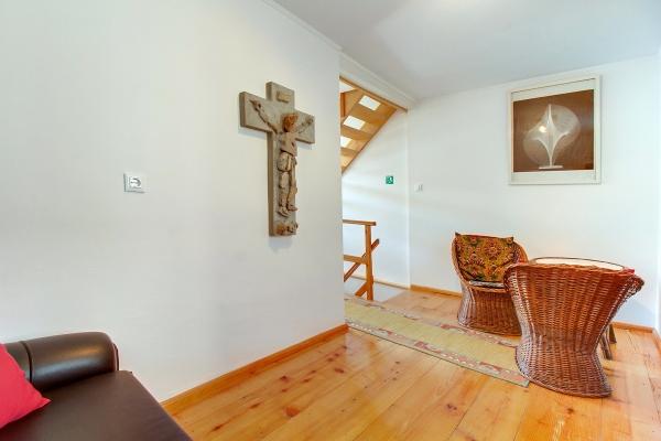 apartments-meri-miholascica09126874A4-9953-7226-ECAD-F648286214DF.jpg