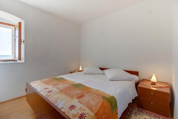 apartments-meri-miholascica10DB2E7F11-8B93-4CB2-A3A3-0E69321883A4.jpg