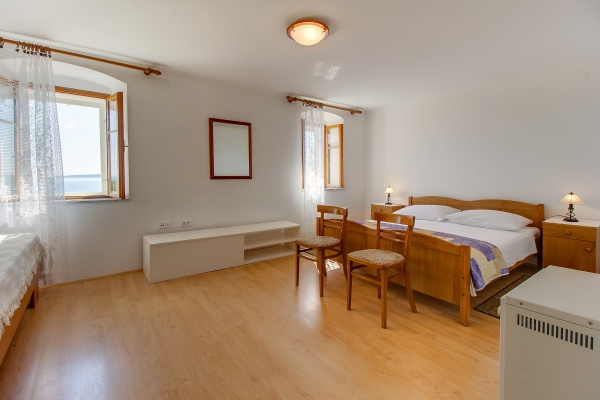 apartments-meri-miholascica1691A8B052-0A66-4722-ABAC-837BEF1E43E6.jpg
