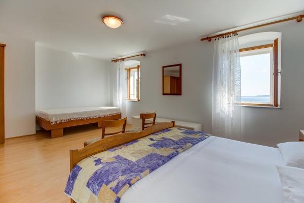 apartments-meri-miholascica17907CC483-8F12-480E-BE4F-5FBE151FF43B.jpg