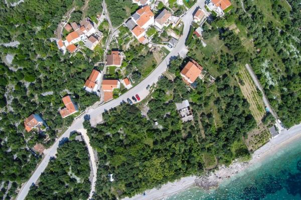 apartments-meri-miholascica509AB71F5C-238B-4C21-B567-92481DA44A46.jpg