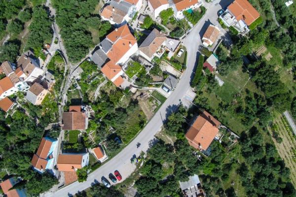 apartments-meri-miholascica51AE8E1559-AE4E-4E81-8678-14BA7CF62E59.jpg