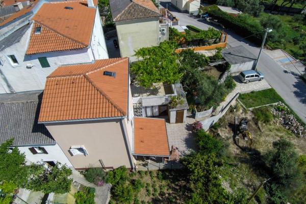 apartments-meri-miholascica54FA86C146-CD22-414B-A6A4-DB10500E5E7B.jpg