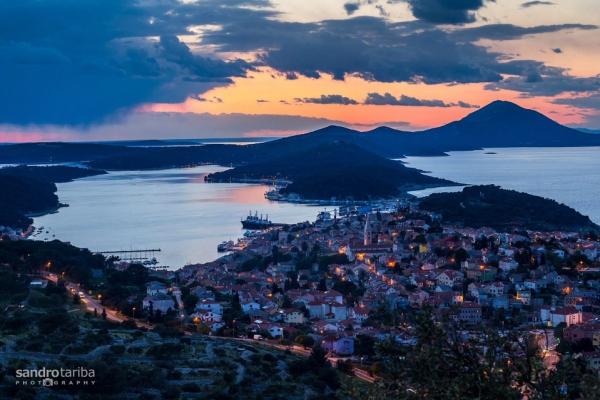 island-losinj2003974F29-CD9D-471F-9655-B6ADED41E6AA.jpg