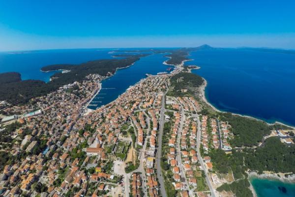 island-losinj21343E2EE9-2E18-4E64-9E27-B42F18970E33.jpg